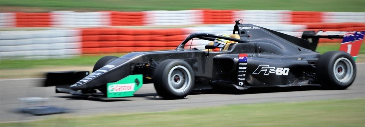 Toyota FT-60 auf der Test-Rennstrecke in Italien: Scheurer Swiss liefert karbonverstärkte 3D-Druckteile für Castrol Toyota Racing Series.