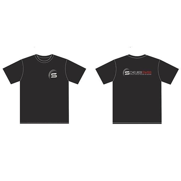Kurzärmliges, schwarzes T-Shirt mit Scheurer Swiss-Logo vorne und hinten, 100% Baumwolle, 190gr, schlauchförmig, Kragenband.